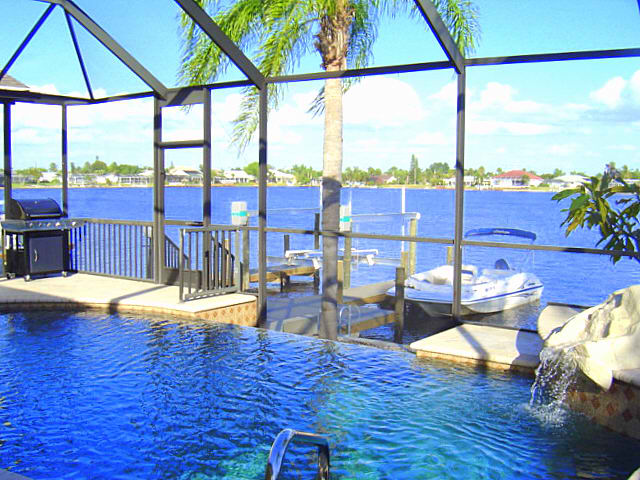 CAPE ESCAPE  –  CAPE CORAL