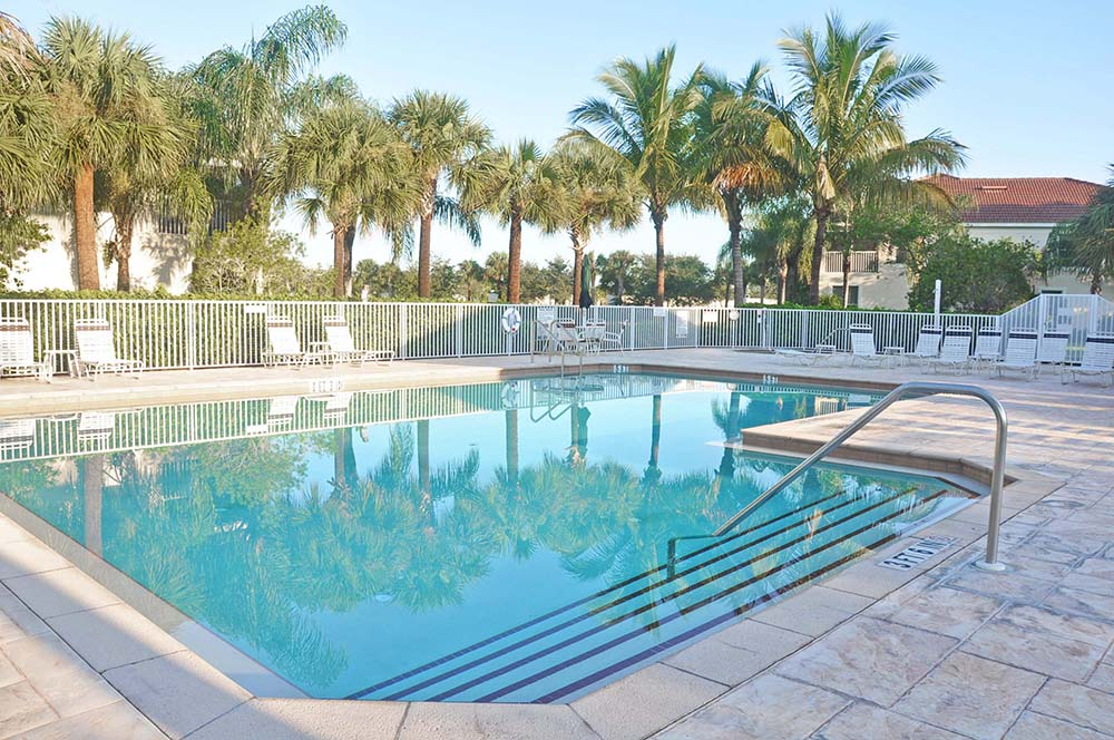 MAJESTIC PALMS  –  FORT MYERS